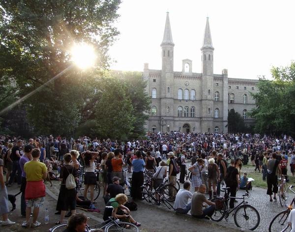 Berlin – liberalen, svetovljanski in homofobičen