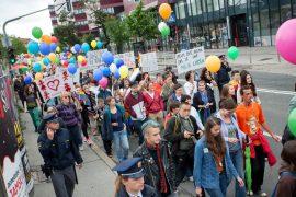 parada_ponosa2012-012
